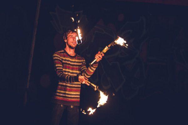jonglage-workshop-eric-jesche-fireflowart-jena