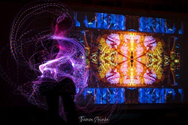pixel-whip-maping-kunstperformance-videoinstallation-la-grange